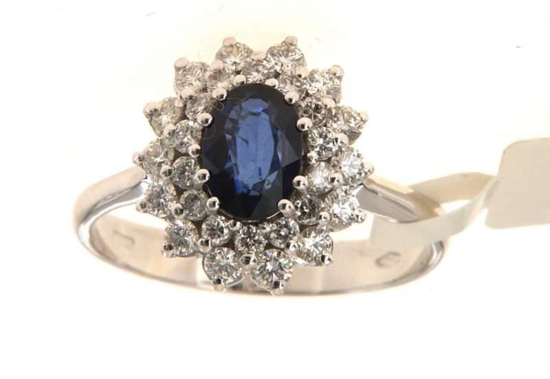 Gli anelli con diamanti, sigillo di un amore duraturo