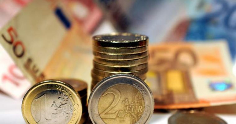 Apertura nuova attività: meglio finanziamento o prestito d'onore?
