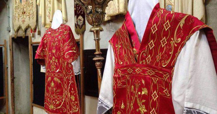 I paramenti sacri ed i colori della liturgia cattolica