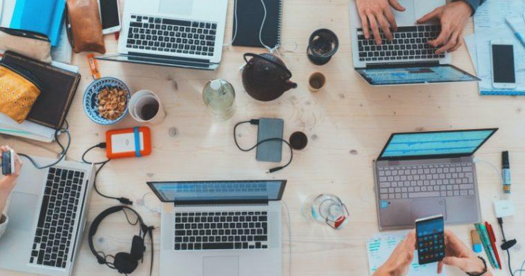 Sito web aziendale: caratteristiche e vantaggi