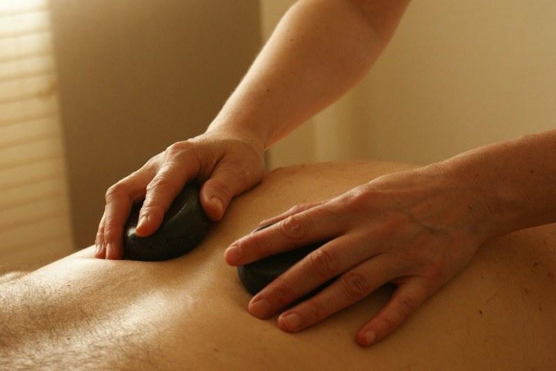 Come fare massaggi sensuali al partenr