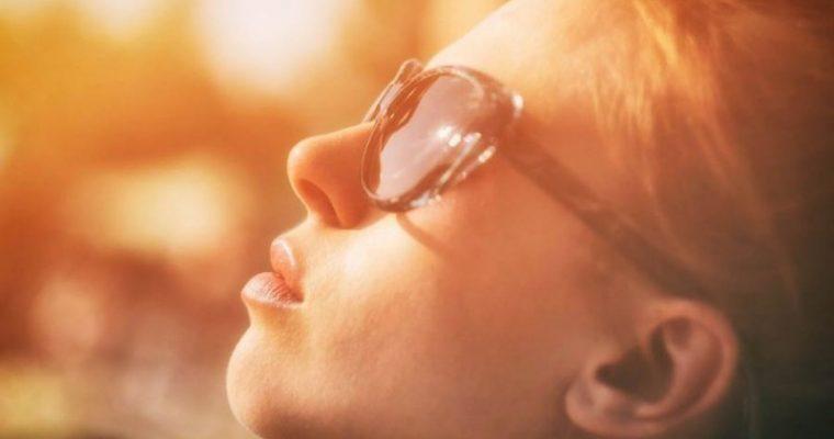 Proteggere la pelle dal sole tutti i giorni